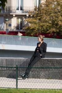 Anja-Rubik---On-a-Photoshoot-for-Vogue-Magazine-17.jpg