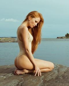 Laura-Roivainen-36.thumb.jpg.026176079f024055ebdc339dad5bbbed.jpg