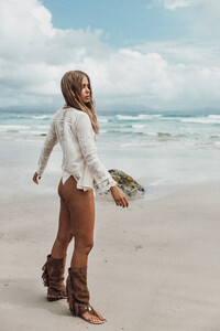 Layer-Boots-Editorial-by-Mel-Carrero-Featuring-Spell-The-Gypsy-Collective-21.jpg