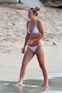 caroline-wozniacki-slips-into-a-white-bikini-while-enjoying-a-beach-day-with-husband-david-lee-in-barbados-281019_19.jpg