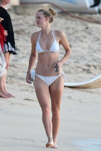 caroline-wozniacki-slips-into-a-white-bikini-while-enjoying-a-beach-day-with-husband-david-lee-in-barbados-281019_20.jpg