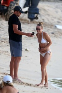 caroline-wozniacki-slips-into-a-white-bikini-while-enjoying-a-beach-day-with-husband-david-lee-in-barbados-281019_4.jpg