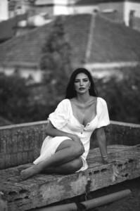 2065729655_Carol-Brando-por-Anna-Maria-Oy-6.thumb.jpg.2f3877580240960c9cdfa7bb0ca8baba.jpg