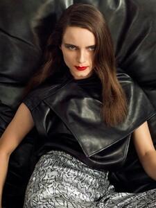 Anna-de-Rijk-PORTER-Edit-Cover-Photoshoot08.jpg