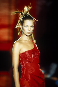 Versace_cf_1996_photo_guy_marineau_009.JPG
