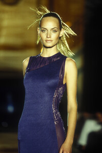 Versace_cf_1996_photo_guy_marineau_054.JPG