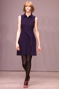 miu-miu-fall-2001-ready-to-wear-00280-hannelore-knuts.jpg