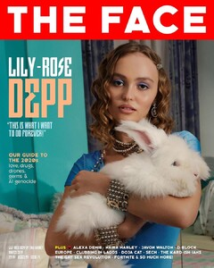 Lily Rose Depp-The Face-Inglaterra.jpg