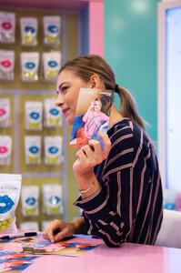 Maria+Sharapova+Meet+Greet+Candylicious+P6lwcZqax2px.jpg