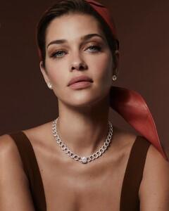 Ana-Beatriz-Barros-Danelian-Diamond-Club-Campaign03.jpg
