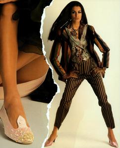 Chin_Vogue_Italia_March_1991_04.thumb.png.5c77c030cc5976321fab16a754e13da0.png