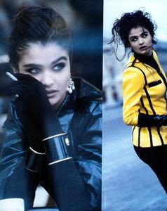 Kirk-Vogue-Italia-March-1991-03.thumb.png.5d97bec2816f80b0845b7b47901be42b.png