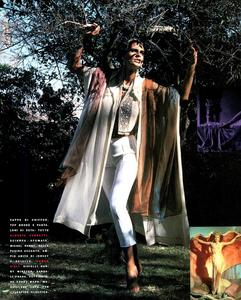 Maser_Vogue_Italia_February_1991_07.thumb.png.edbc344def9a9233033efa04668d54d2.png