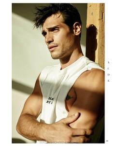 richard-deiss-santiago-bisso-nude-magazine-05.thumb.jpg.a13a10b339f88a784da5b5ee5e4aa212.jpg