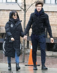 22917946-7845997-Lovebirds_Camila_Cabello_and_boyfriend_Shawn_Mendes_were_spotted-a-1_1577990764422.jpg