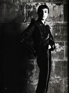 PIPOCA - Harper's Bazaar US (August 1999) - 21st Century Suits - 011.jpg