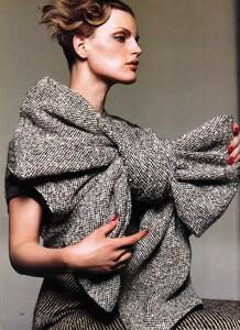 PIPOCA - Harper's Bazaar US (August 1999) - Tweed - 001.jpg