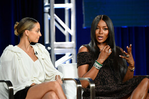 Naomi+Campbell+2020+Winter+TCA+Tour+Day+8+nOuHRmn4k6hx.jpg