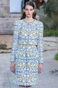 Chanel-Haute-Couture-SS20-Paris-2364-1579602304.thumb.jpg.2b8ddc7793b29e3ddcb3c068ec86ec4f.jpg