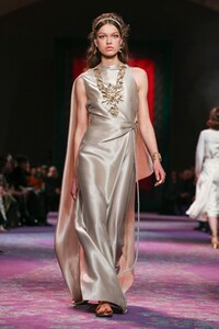 Dior-Haute-Couture-SS20-Paris-0421-1579532663.thumb.jpg.b9e7cefd14505c272178cdaef9bae1b0.jpg