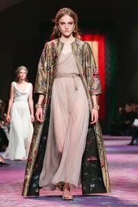 Dior-Haute-Couture-SS20-Paris-0479-1579532750.thumb.jpg.aac3d01b4a2d2f86061791fe80ba3cfe.jpg