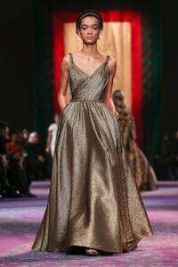 Dior-Haute-Couture-SS20-Paris-0496-1579532774.thumb.jpg.58abebebdad7d064235d613147d3bdff.jpg