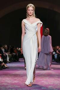 Dior-Haute-Couture-SS20-Paris-0575-1579532875.thumb.jpg.422e2eac81f25c7010ee1edb8fbd15eb.jpg