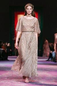 Dior-Haute-Couture-SS20-Paris-0650-1579532980.thumb.jpg.5a0ab2409ae6a54d2a426ffb4f4444fa.jpg