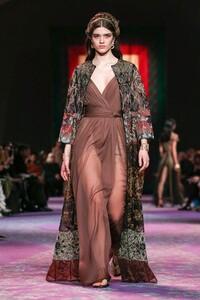 Dior-Haute-Couture-SS20-Paris-0685-1579533031.thumb.jpg.19ac35efc51d5a80e1aa0d503af83031.jpg