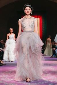 Dior-Haute-Couture-SS20-Paris-0718-1579533088.thumb.jpg.856c5b10488c86f46772ba2deba8b41c.jpg