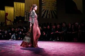 Dior-Haute-Couture-SS20-Paris-5897-1579536685.thumb.jpg.056367be2070c660c3331ef3964df8b9.jpg