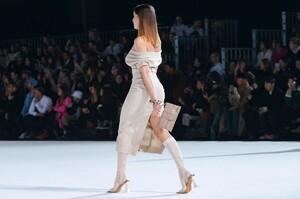 Jacquemus-Menswear-FW20-Paris-6384-1579370029.thumb.jpg.6dc57c7e4333c697d21ffdec5e56b5fa.jpg
