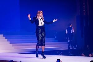Jean-Paul-Gaultier-Haute-Couture-SS20-Paris-25568-1579729581.thumb.jpg.fc8680008915adf11730c2444c976dde.jpg