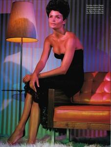 Meisel_Vogue_Italia_August_1995_09.thumb.jpg.8fde189b42077b98a51a78702fcd8a0d.jpg