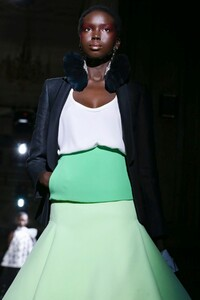 Valentino-Haute-Couture-SS20-Paris-1677-1579718153.thumb.jpg.8b453504064e094615b06908a8c2a1b7.jpg