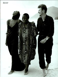 Weber_Vogue_Italia_August_1995_08.thumb.jpg.c4aed82997409182db5b9b8f932a266f.jpg