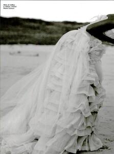Weber_Vogue_Italia_August_1995_13.thumb.jpg.ee18c1b780ab19de5b7cb2029957d8f9.jpg
