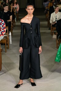 defile-awake-mode-printemps-ete-2020-londres-look-4.thumb.jpg.c57d5f918508f827b0b304a4d8ccf23e.jpg
