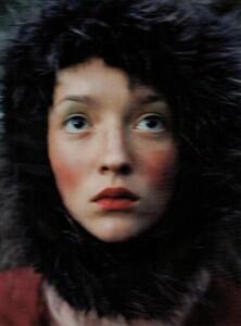 ARCHIVIO - Vogue Italia (November 1997) - Huntington Castle - 007.jpg