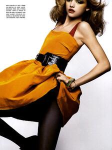 Vogue_Italia_Março2005_phNathanielGoldberg_GemmaWard_08.jpg