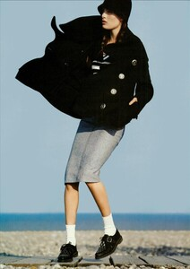 ARCHIVIO - Vogue Italia (December 2004) - En Plein Air - 009.jpg