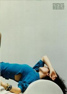 ARCHIVIO - Vogue Italia (March 2004) - Jennifer Connelly - 004.jpg