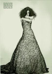 ARCHIVIO - Vogue Italia (March 2004) - Jennifer Connelly - 010.jpg