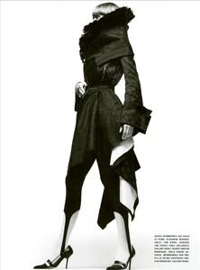 ARCHIVIO - Vogue Italia (February 2003) - Stella Tennant - 006.jpg