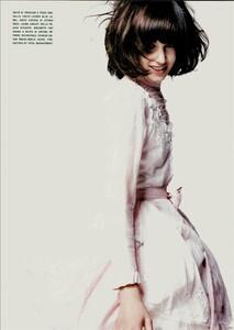 ARCHIVIO - Vogue Italia (June 2004) - A Play of Ruffles - 012.jpg