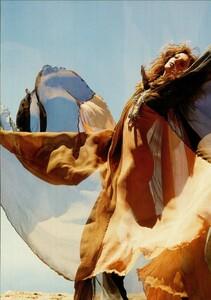 ARCHIVIO - Vogue Italia (November 2004) - Smash Of Prints - 007.jpg
