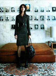 ARCHIVIO - Vogue Italia (September 2003) - Charlotte Gainsbourg - 004.jpg