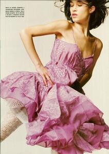 ARCHIVIO - Vogue Italia (June 2004) - A Play of Ruffles - 005.jpg