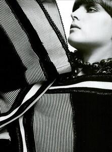 ARCHIVIO - Vogue Italia (February 2003) - Stella Tennant - 004.jpg