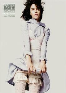 ARCHIVIO - Vogue Italia (June 2004) - A Play of Ruffles - 004.jpg
